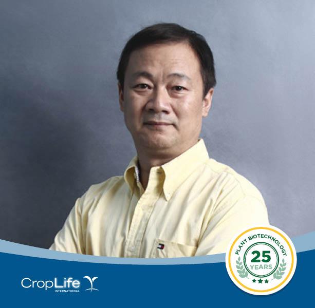 Biotech #FoodHeroes: Dr. Yunbo Luo